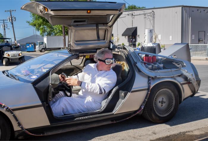 Photo DeLorean avec le Doc